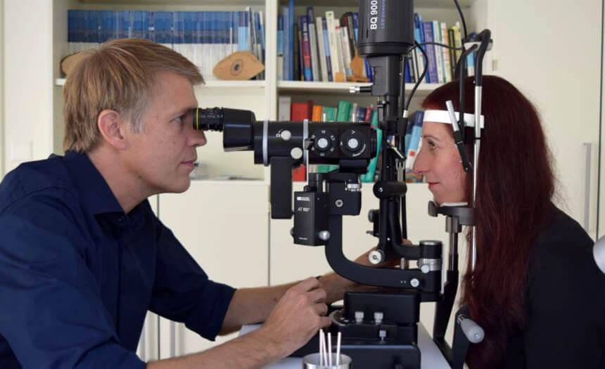 Sehkorrektur mit Augenlaser Nachkontrolle