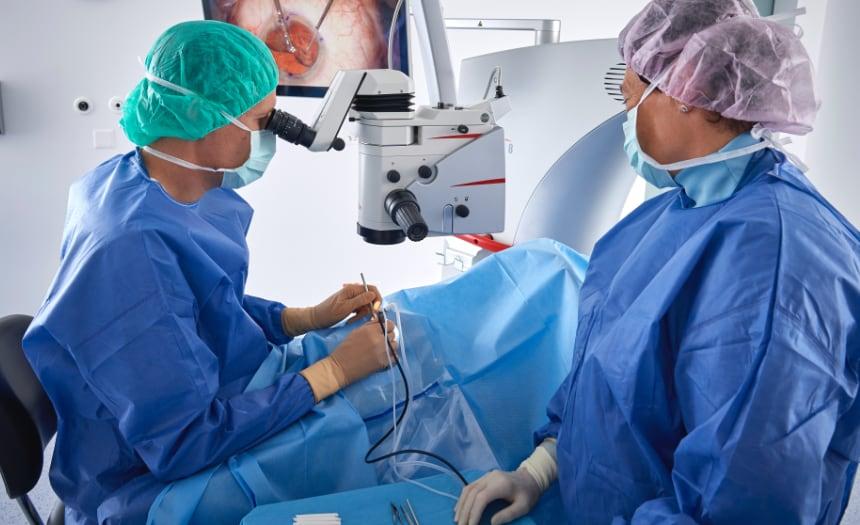 Das Augenzentrum Interlaken führt zahlreiche Augenoperationen durch